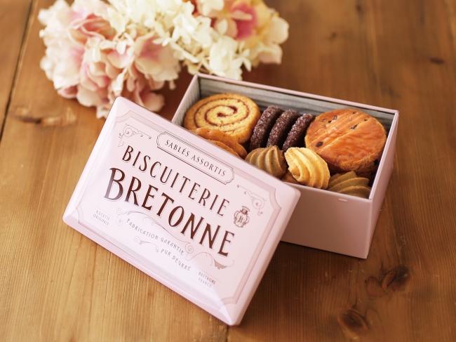 バレンタインにいかが?人気焼き菓子専門店のクッキーに限定ピンク缶登場