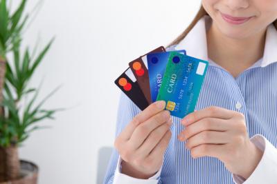 カード選びのポイントは?全国世代・地域別クレジットカード利用比較調査