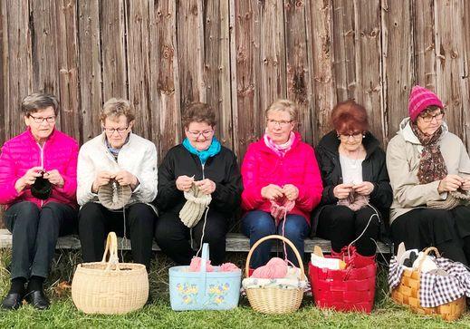 フィンランドの手編みのニット「Myssyfarmi」に出会えます